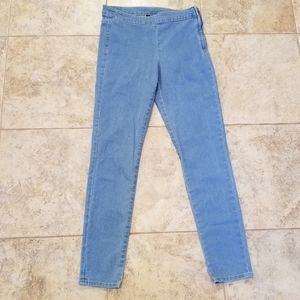 H&M Divided Good Cond. Stretchy Side Zipper Jeans